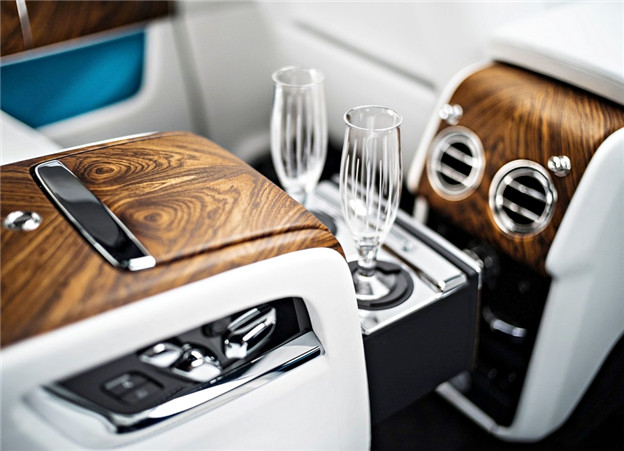 女神终於来了,Rolls Royce 首款休旅 Cullinan 正式发表